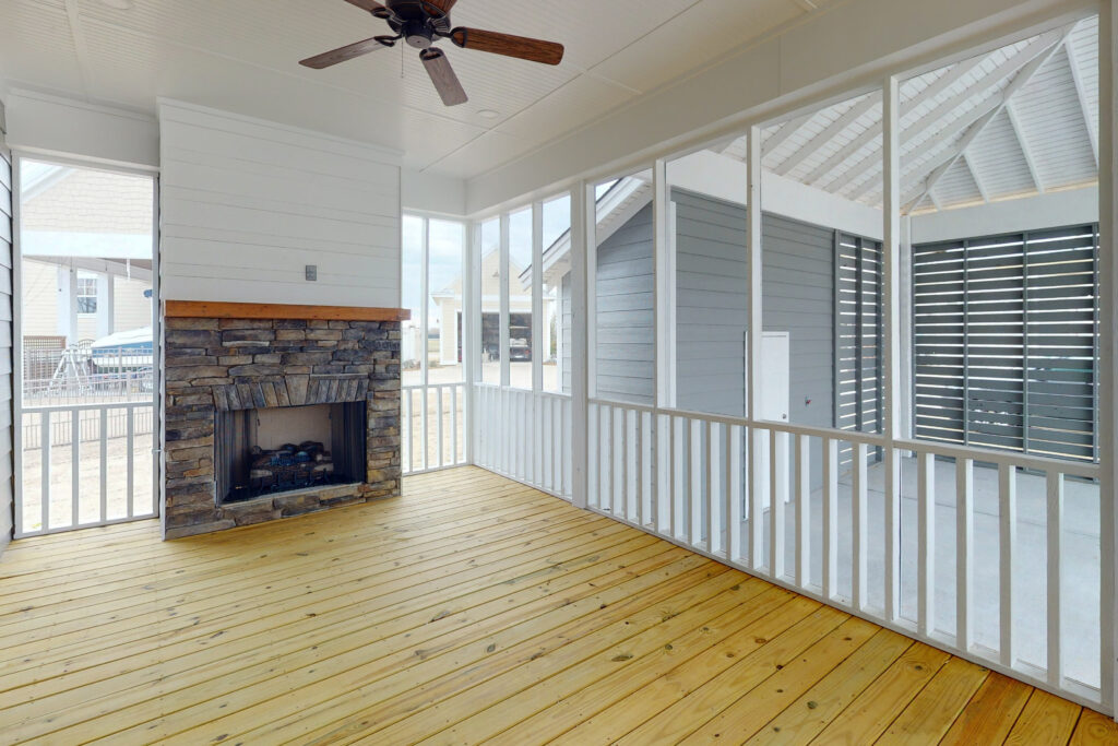 The Pearl | Screened Back Porch