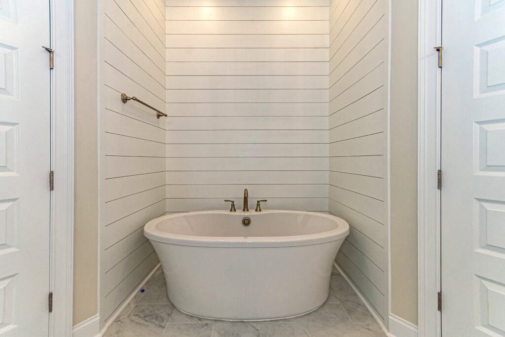 The Savannah B | Master Bath