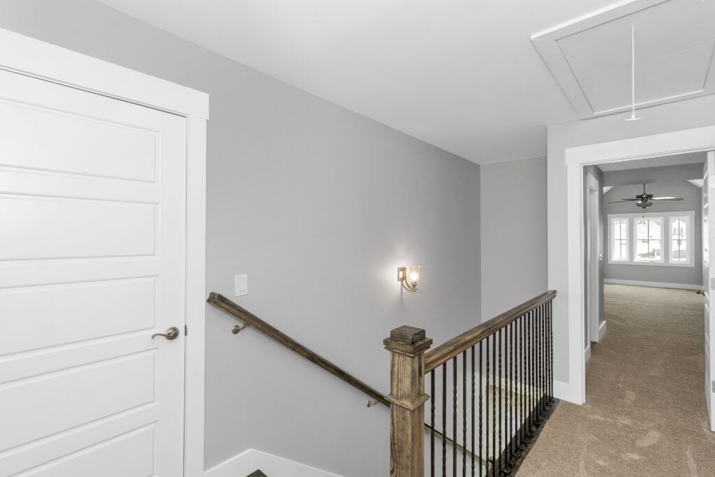 The Lindsey | Upstairs Landing