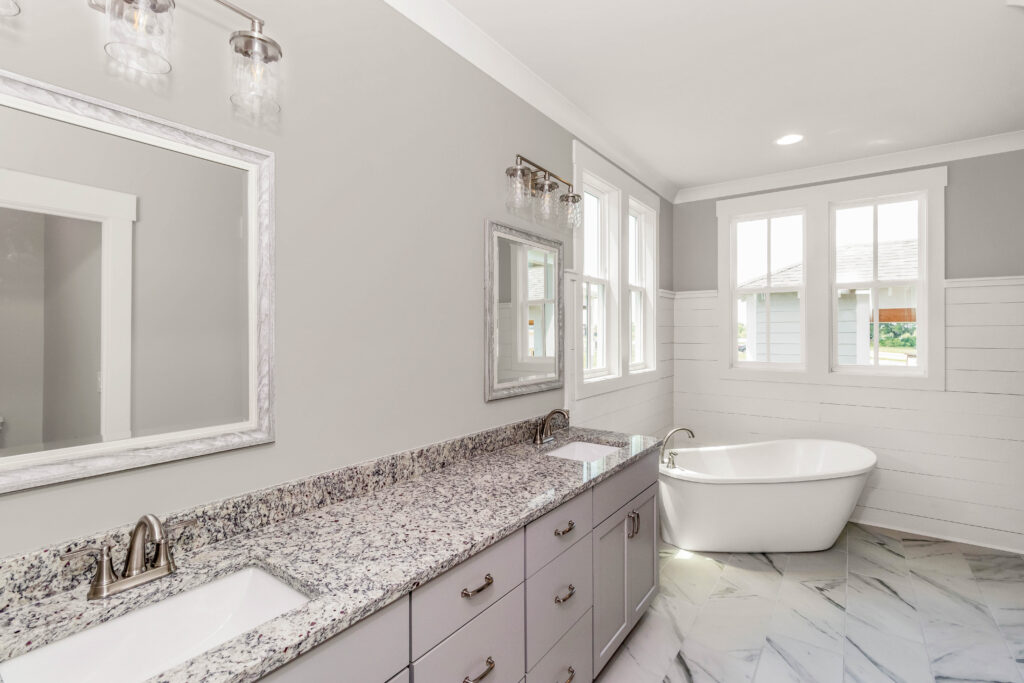 The Lindsey | Master Bath
